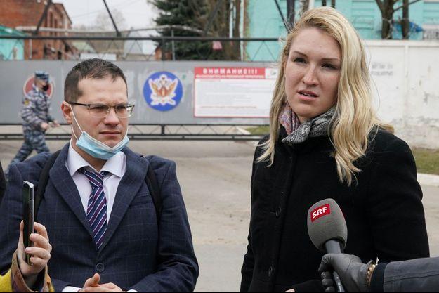 Les médecins Yaroslav Ashikhmin et Anastassia Vassilieva.