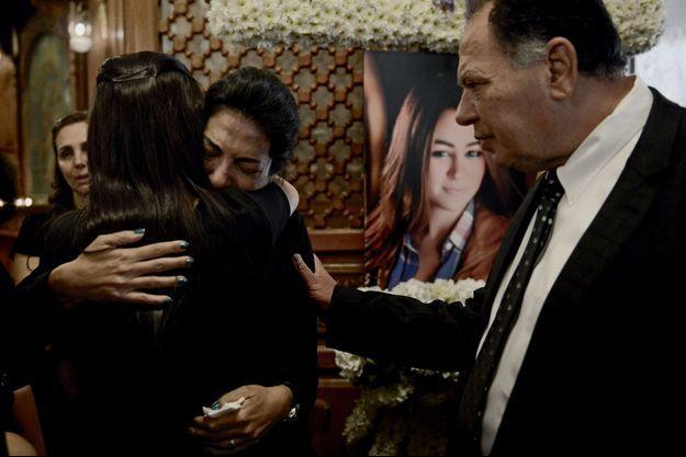 La cérémonie d'adieu à Yara Hani Tawfk, au Caire, le 21 mai