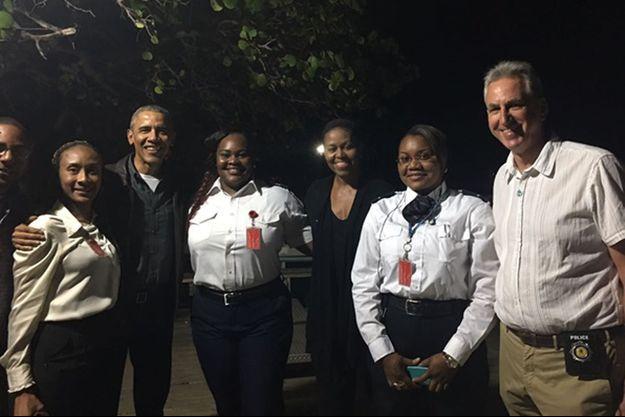 Barack et Michelle Obama arrivant à Tortola, le lundi 23 janvier 2017.