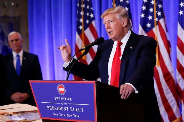Donald Trump mercredi en conférence de presse.
