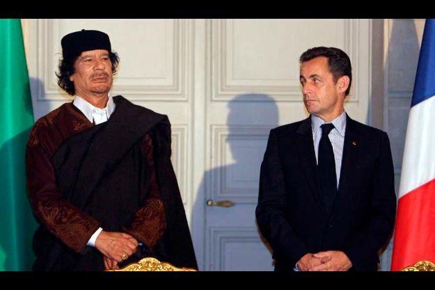 Mouammar Kadhafi et Nicolas Sarkozy à l'Elysée en 2007