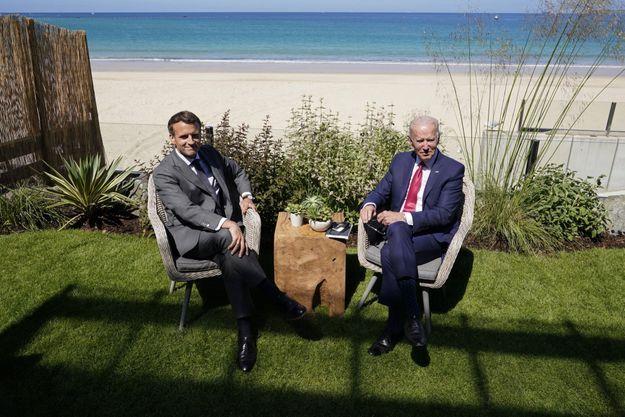 Emmanuel Macron et Joe Biden au sommet du G-7 en juin 2021, à Carbis Bay, en Angleterre.