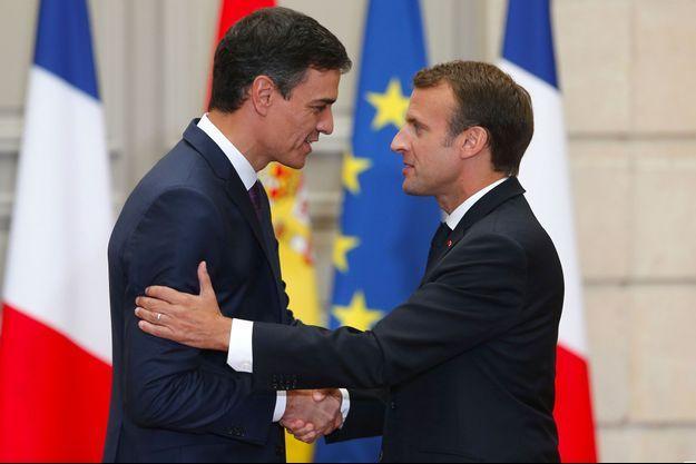 Pedro Sanchez et Emmanuel Macron à l'Elysée, lundi.
