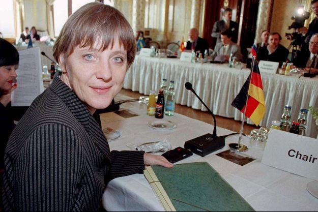 Angela Merkel, en 1997, alors qu'elle était ministre de l'Environnement.