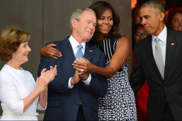 Laura et George W. Bush avec Michelle et Barack Obama, en septembre 2016.