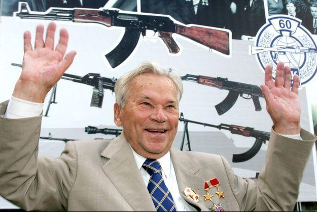 Mikhail Kalachnikov en août 2007 à Izhevsk.