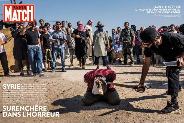 Samedi 31 août, des djihadistes décapitent en public des miliciens pro-régime.