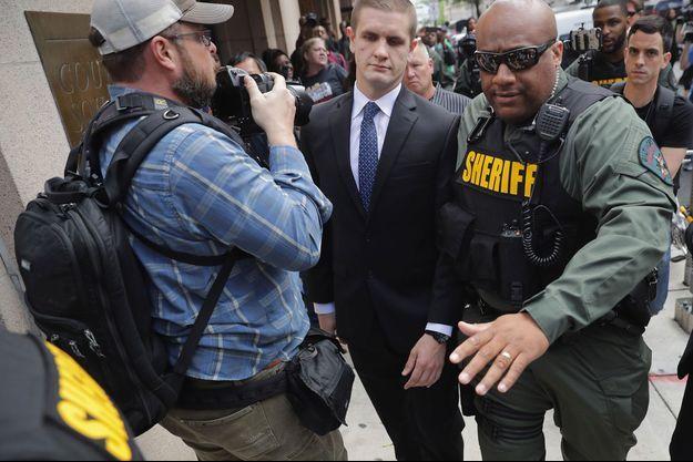 Edward Nero à la sortie du tribunal lundi.