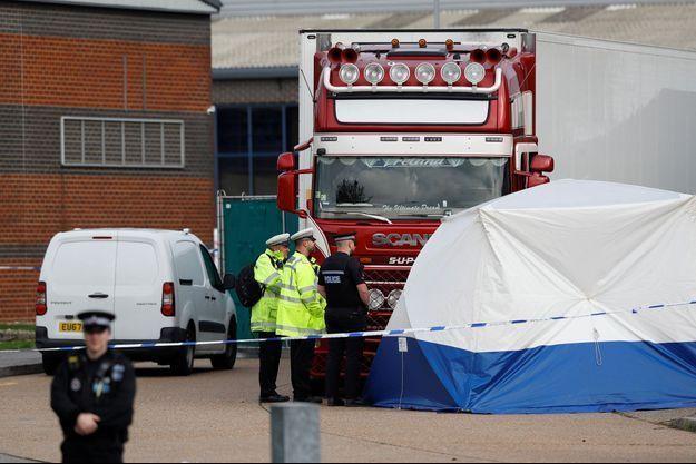 39 corps ont été découverts dans un camion près de Londres.
