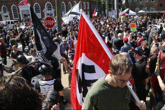 Manifestants racistes à Charlottesville, en Virginie, le 12 août.