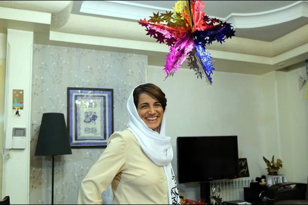Nasrin Sotoudeh chez elle, à Téhéran, après sa sortie de prison.