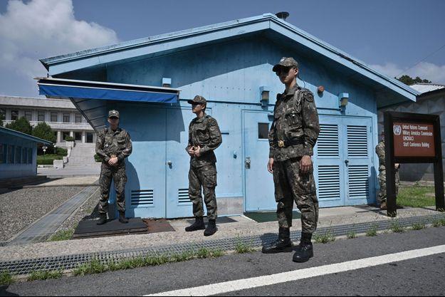 Soldats sud-coréens dans la Zone démilitarisée le 27 juillet 2019.