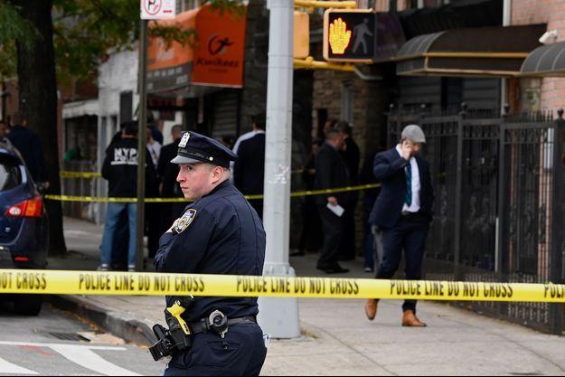 La police devant le lieu de la fusillade, le 12 octobre 2019.