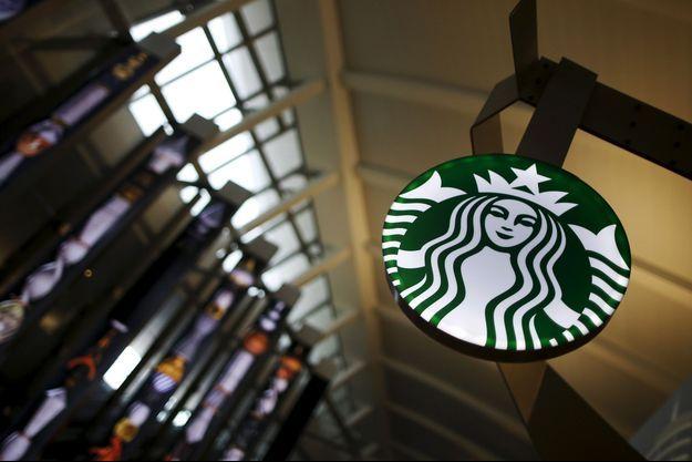 L'enseigne de Starbucks (photo d'illustration)