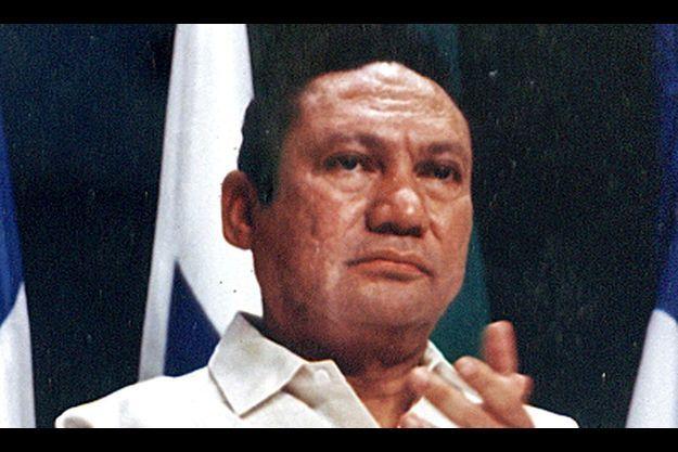 Manuel Noriega en 1998.