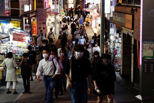 Dans les rues de Tokyo, le 28 juillet 2021.