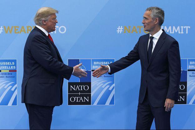 Le président américain Donald Trump et le secrétaire général de l'Otan Jens Stoltenberg, le 11 juillet à Bruxelles.