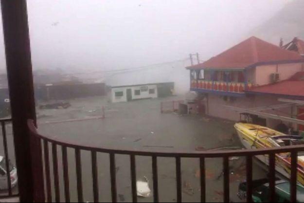 Les ravages causées sur l'île de Saint-Martin par l'ouragan Irma