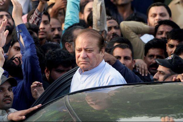 Nawaz Sharif aux funérailles de son épouse Kulsoom à Lahore en septembre 2018