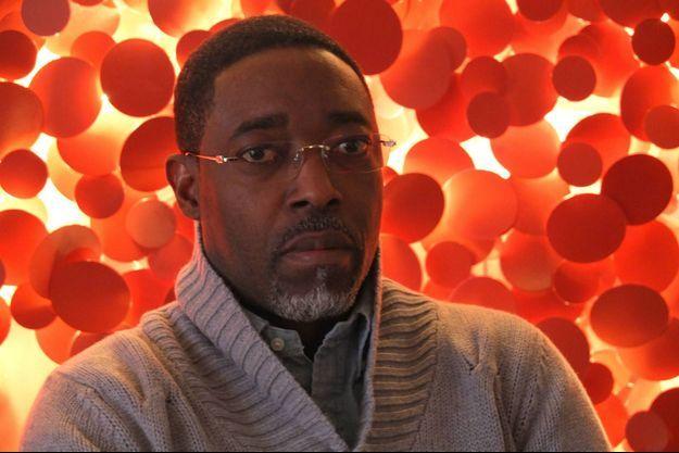 Honorable Francis Kalombo est membre fondateur du Parti du Peuple pour la Reconstruction et la Démocratie (PPRD) et président de la Ligue des jeunes. Ici à l'hôtel Méridien Etoile à Paris, le 5 mars 2016