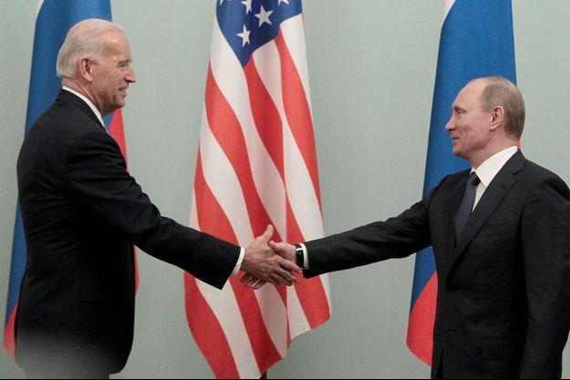 Joe Biden et Vladimir Poutine, en 2011.