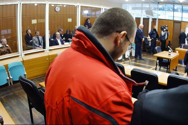 Kreshnik Berisha lors de son jugement au tribunal de Francfort.