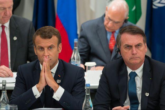 Emmanuel Macron et Jair Bolsonaro au G20 à Osaka, vendredi.