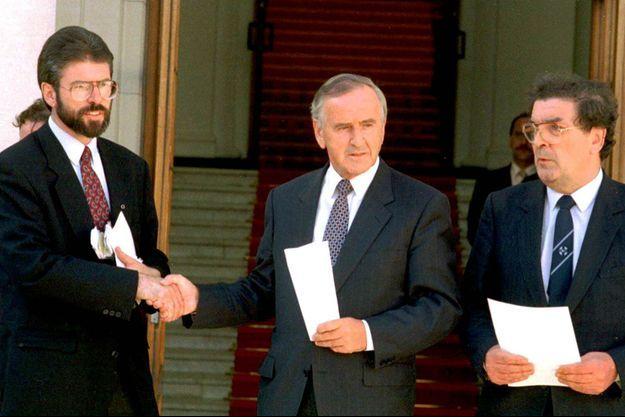 Gerry Adams, David Trimble et John Hume en 1994.