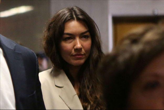 Mimi Haleyi arrive au tribunal afin de témoigner contre Harvey Weinstein.