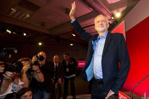 Jeremy Corbyn juste après l'annonce de son élection samedi.