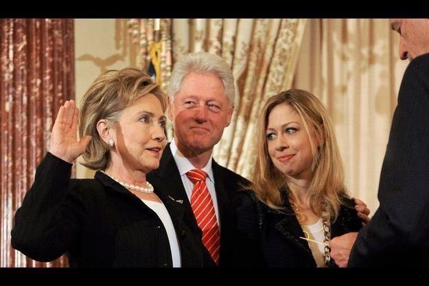 Historique. Le 2 février dernier, Hillary prête serment devant le vice-président Joe Biden, sous les regards fiers et émus de Bill et de leur fille, Chelsea.