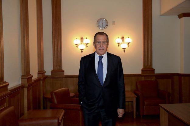 Sergueï Lavrov, le 12 octobre à Moscou. Né en 1950 dans une famille arménienne, il prend le nom de sa mère, fonctionnaire au ministère des Affaires étrangères soviétiques.