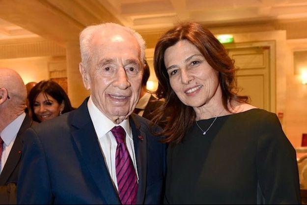 Shimon Peres et l'ambassadrice d'Israël en France, Aliza Bin Noun.