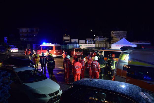 Les secours sur les lieux de l'accident, le 5 janvier 2020 en Italie.