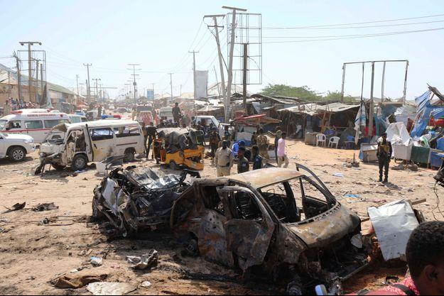 L'attentat s'est produit dans un secteur ou le trafic est très dense en raison d'un poste de sécurité et d'un centre des impôts.