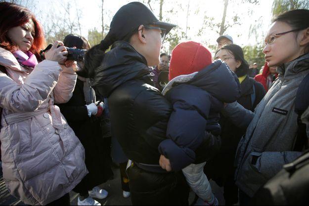 Deux femmes ont été arrêtées, soupçonnées de mauvais traitements sur des enfants dans ce jardin d'enfants de Pékin.