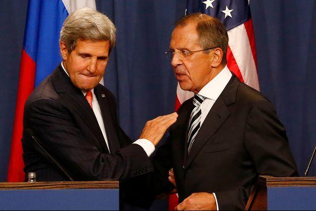 John Kerry et Sergueï Lavrov lors de la conférence de presse à Genève.