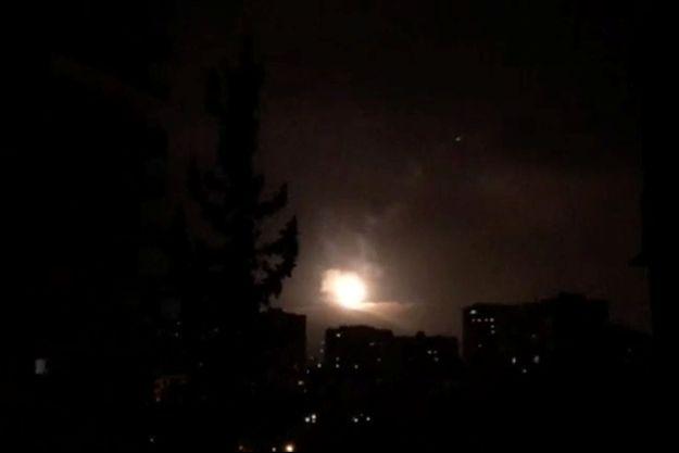 Trois cibles liées au programme d'armement chimique syrien ont été visées, l'une près de Damas (photo) et les deux autres dans la région de Hom