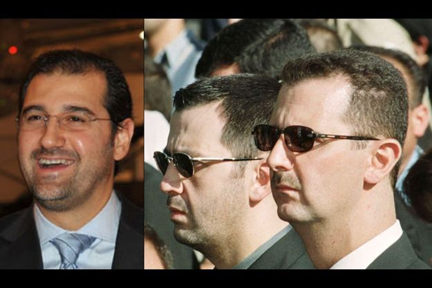 De g. à dr. : Rami Makhlouf, ses cousins Maher et Bachar El-Assad (ces derniers photographiés lors des obsèques de leur père Bachar en juin 2000).