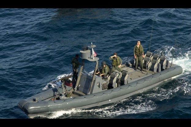 Des commandos Navy SEALs en exercice, en décembre 2001.