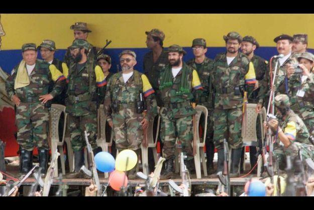 "Sur cette photo prise en 2000, ""Timochenko"" porte la barbe."
