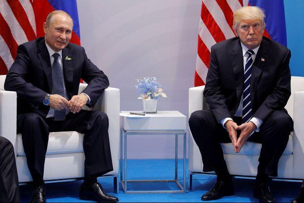 Vladimir Poutine et Donald Trump lors du G20 le 7 juillet.