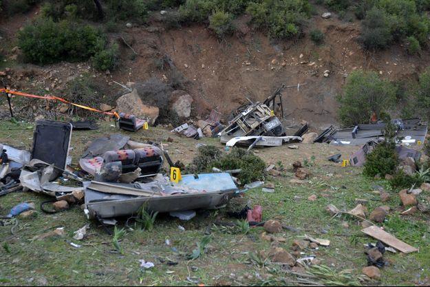 L'accident de bus a fait au moins 26 morts en Tunisie.