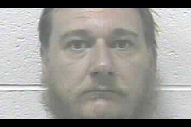 Peter Lizon est accusé d'avoir torturé sa femme pendant dix ans.