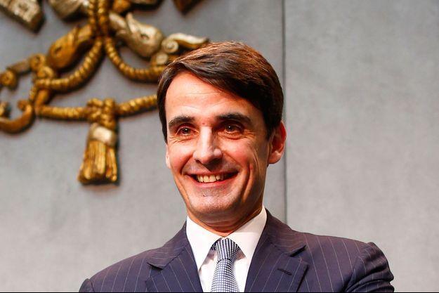 Le nouveau président de l'IOR, Jean-Baptiste de Franssu, le 9 juillet au Vatican après une conférence de presse.