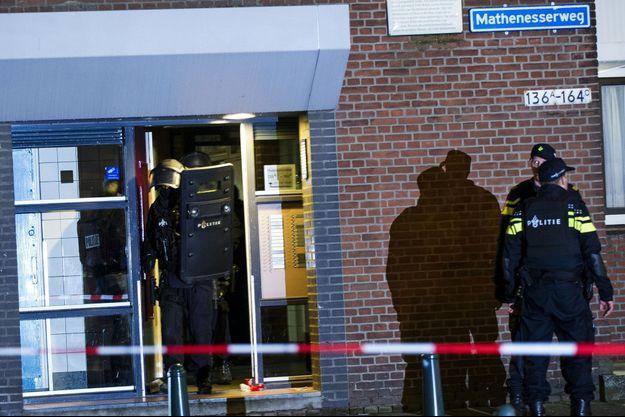 L'opération de police qui a mené à l'arrestation du suspect à Rotterdam