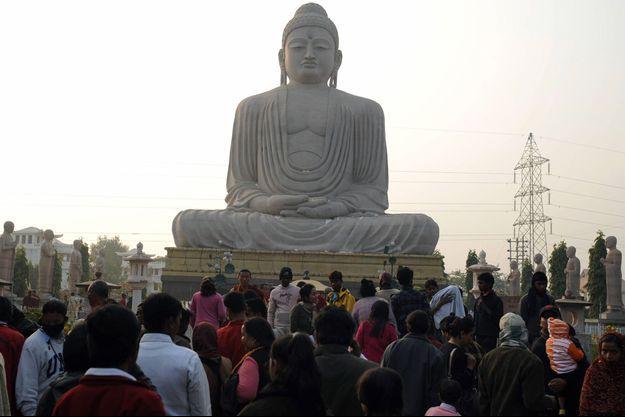 La statue du Bouddha géant à Bodhgaya, haut lieu du bouddhisme (image d'illustration)