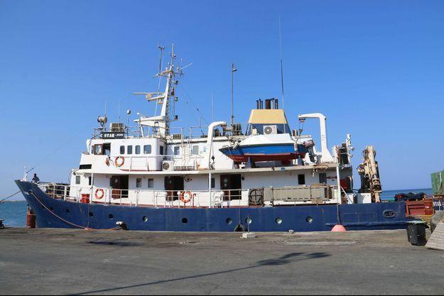 """Le """"C-Star"""" à quai à Chypre, le 27 juillet."""