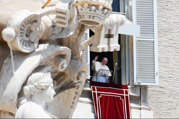 Le pape François au Vatican le 9 juillet 2017.