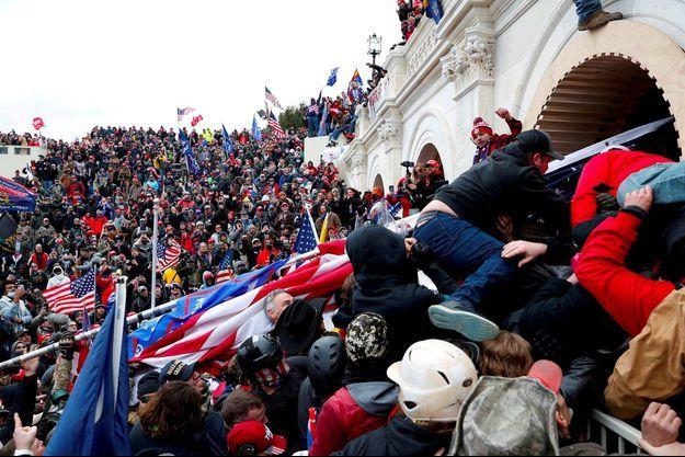 Des partisans de Donald Trump ont fait irruption dans le Capitole, le 6 janvier 2021.